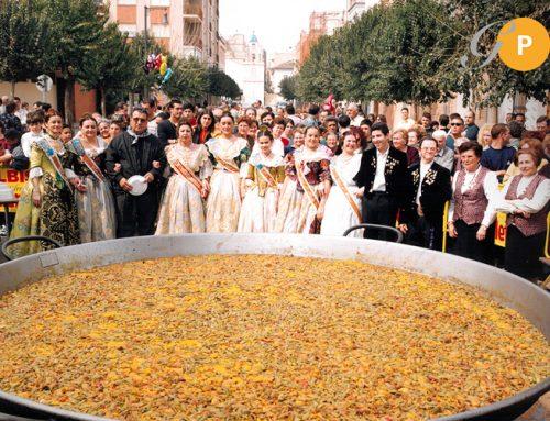 Fallas y Paellas Gigantes: Tradición y Cultura
